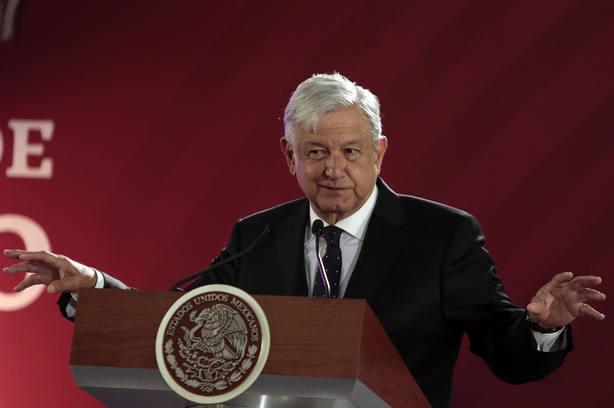 López Obrador pide apoyo a los mexicanos en la lucha contra el robo de combustible