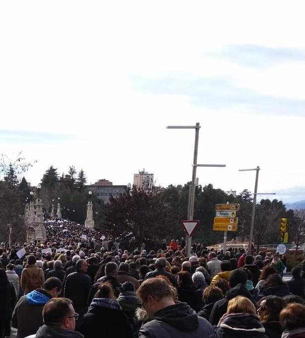 Miles de personas reclaman una sanidad justa en Teruel