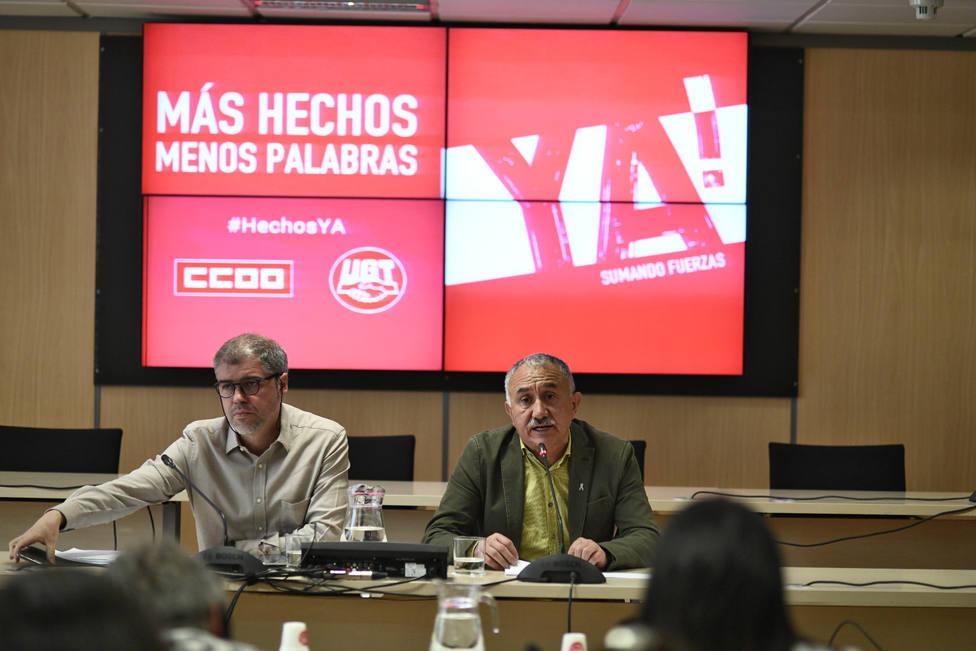 Sordo y Álvarez ven inmoral la propuesta de Casado sobre las inmigrantes que den sus hijos en adopción