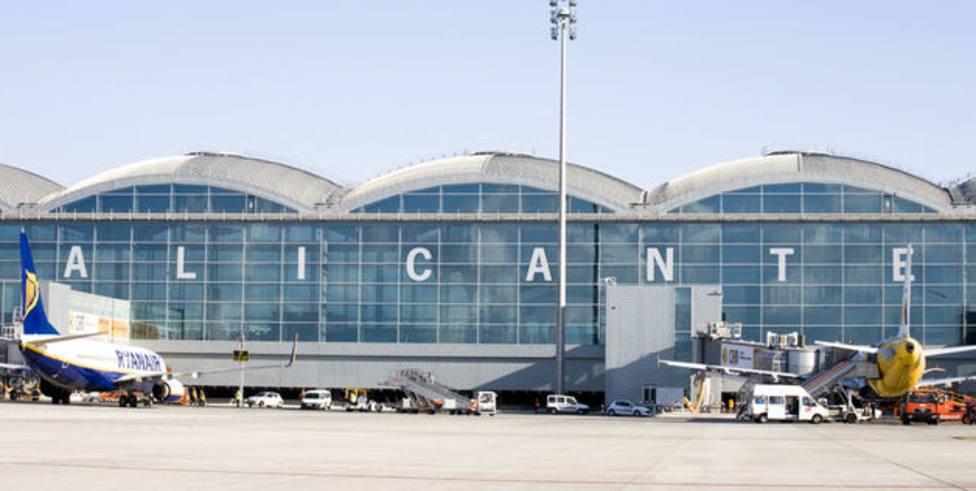 Aeropuerto de Alicante (EFE)
