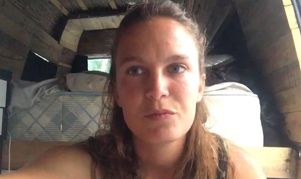 Coronavirus.- Una joven valenciana, atrapada en Australia durmiendo en una furgoneta: Vivimos una incertidumbre total