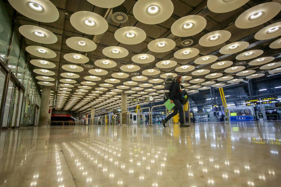 Las multas a los viajeros que lleguen a España sin PCR llegarán a los 6.000 euros