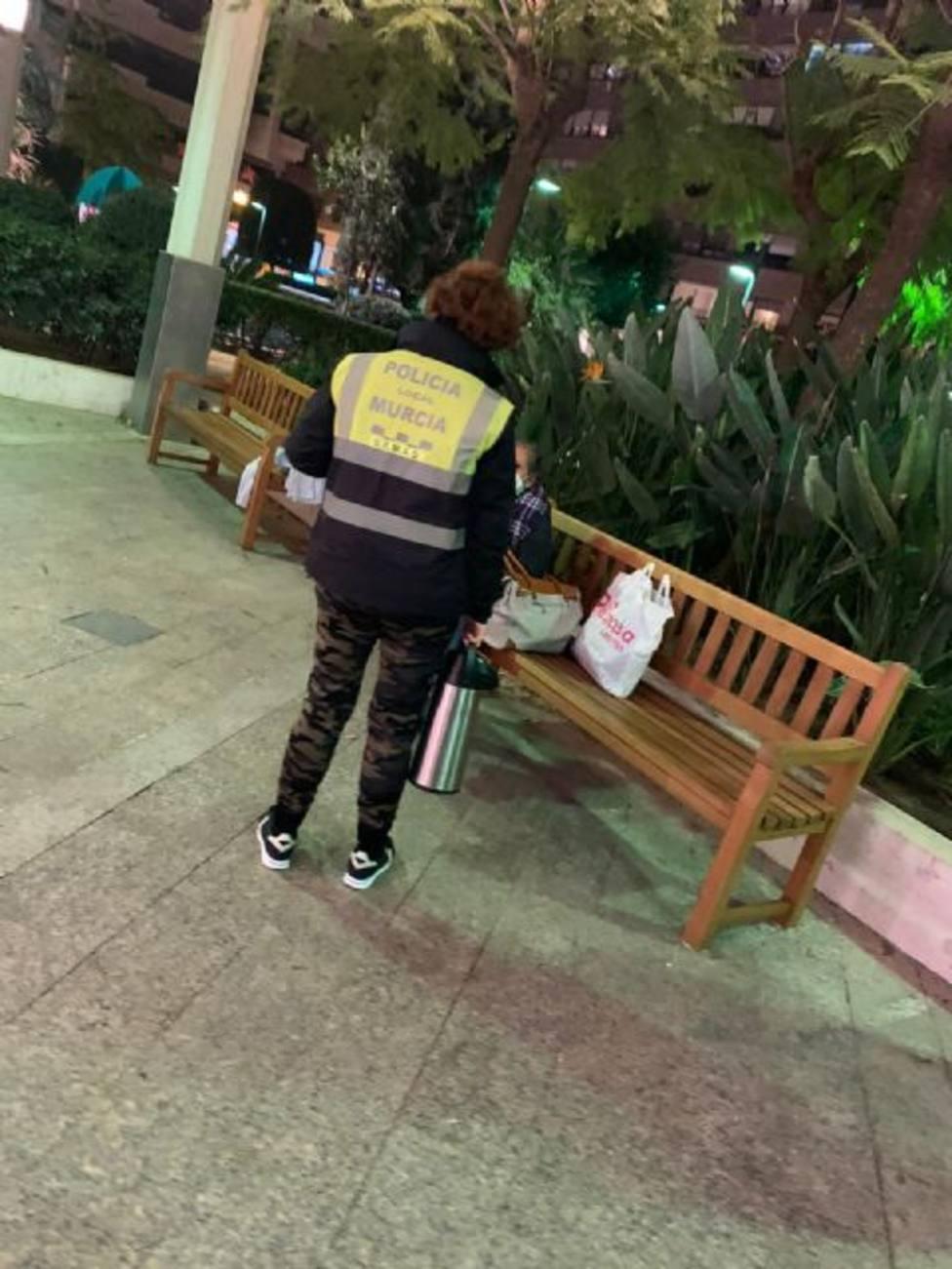 El Ayuntamiento lleva atendidas a 74 personas sin hogar desde el inicio de la 'Operación Frío'