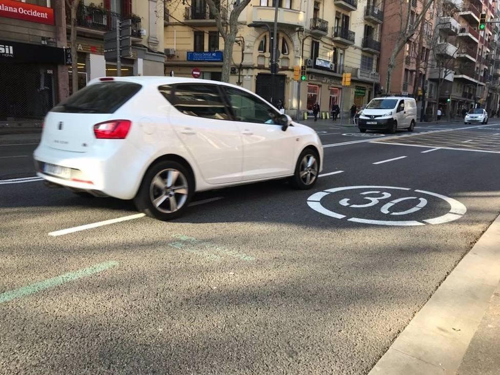 La limitación a 20 y 30 km/h en todas las vías urbanas entra en vigor este martes 11 de mayo