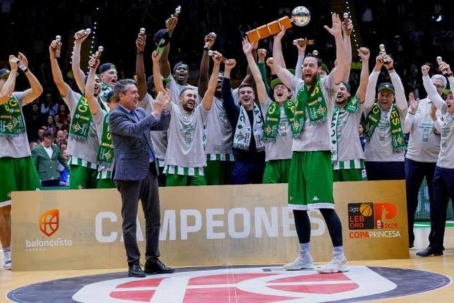 El Real Betis Energía Plus, campeón de la Copa Princesa en San Pablo