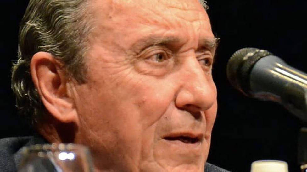 Fernando Cuadri durante el coloquio celebrado en Valverde del Camino