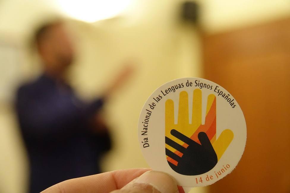 La Federación Mundial de Personas Sordas pide formar en lengua de signos a sanitarios, profesores y funcionarios