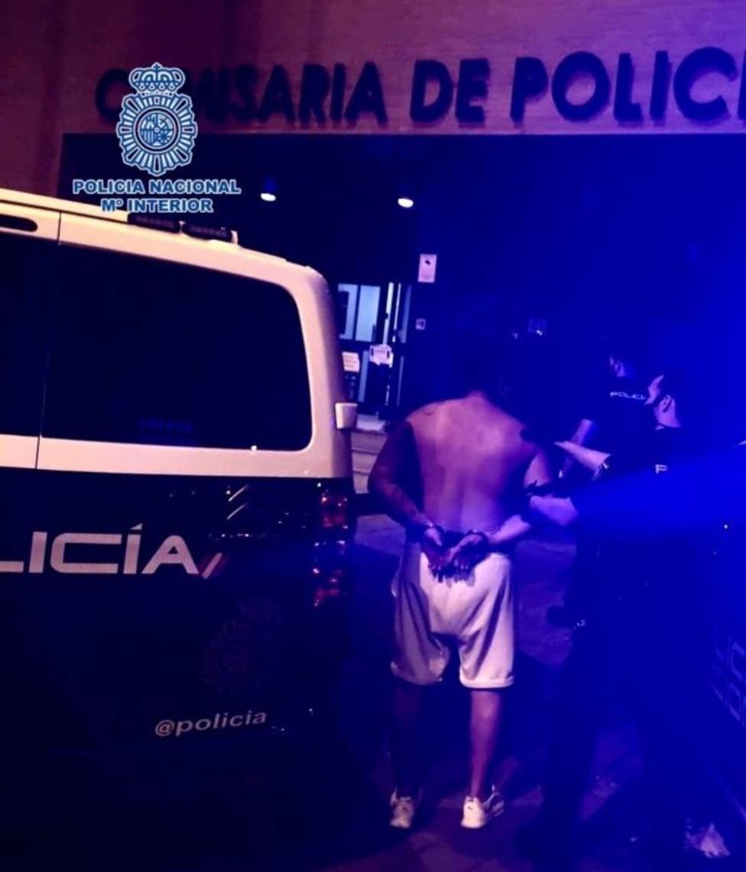 Detenido un individuo por apuñalar a otro en el transcurso de una reyerta multitudinaria en Era Alta