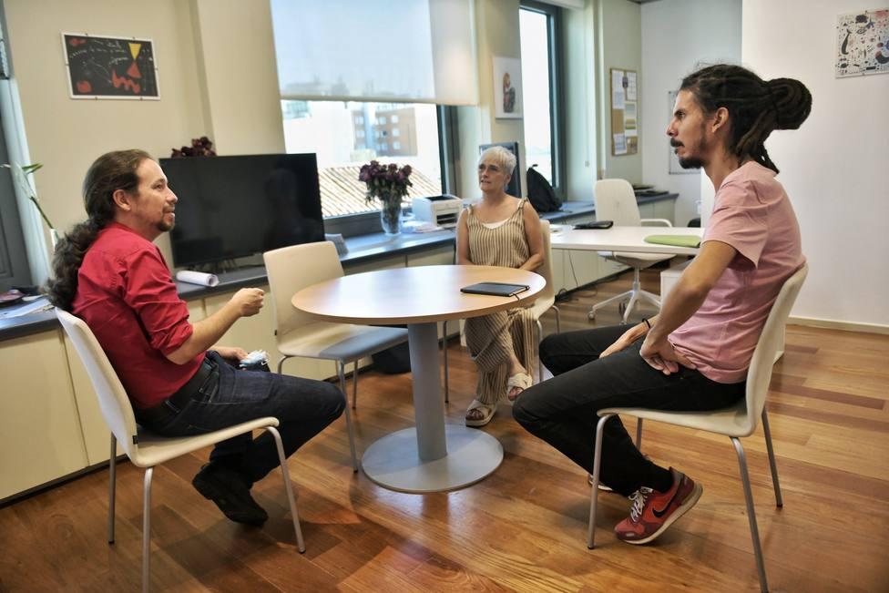 Iglesias apoya a Alberto Rodríguez tras ser imputado por patear a un policía: Ni un paso atrás hermano