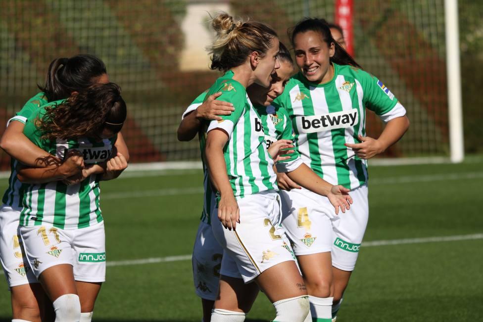 La Real Sociedad remonta al Levante; el Valencia cae en Tenerife; Betis y Athletic firman tablas en Lezama