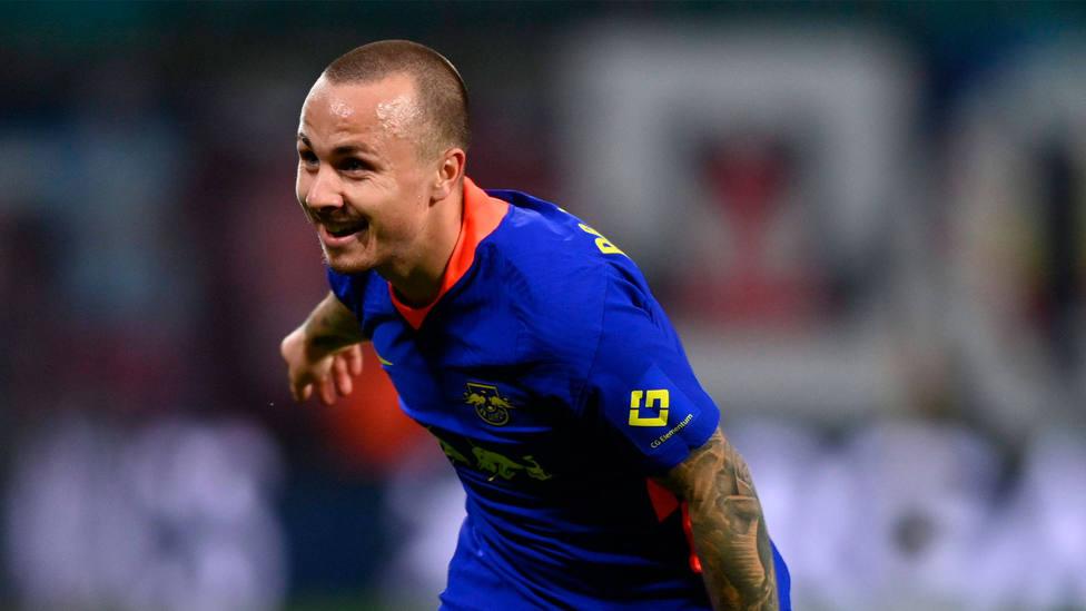 Angeliño celebra un gol con el Leipzig durante la temporada 2020-2021. CORDONPRESS