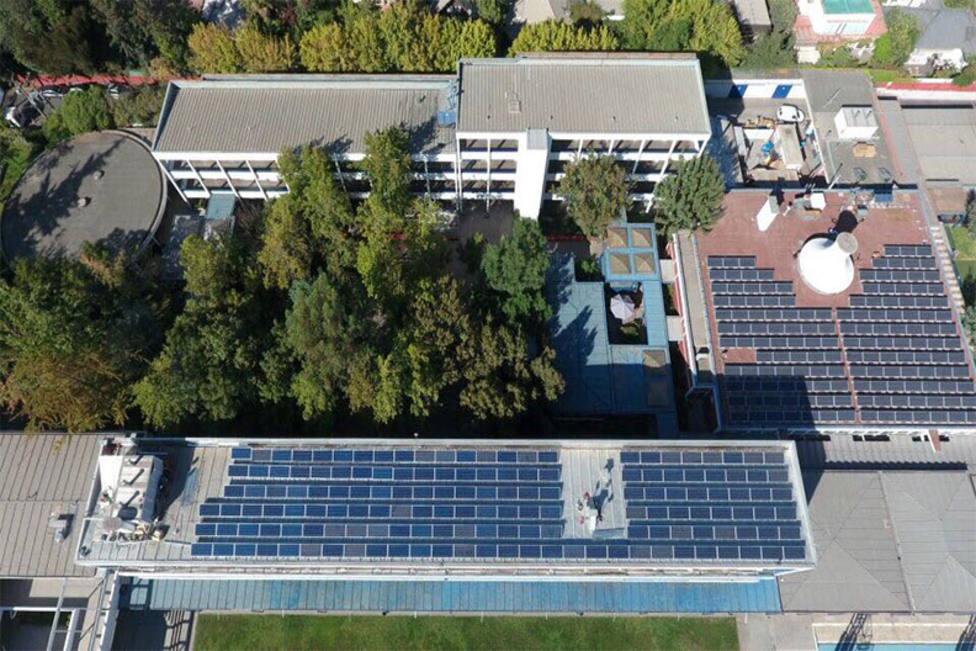 Canarias instalará placas fotovoltaicas en todos los edificios gestionados por el gobierno