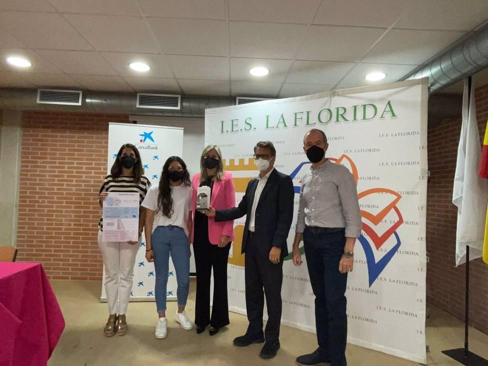 Una alumna del IES La Florida gana el segundo premio de Finanzas para Jóvenes