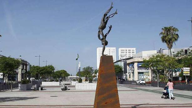 Un hombre de 64 años abusa sexualmente de un joven con discapacidad en Sevilla