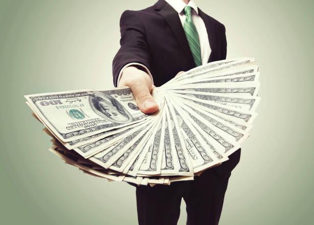 ¿Cuántas personas ganan más de 150.000 euros al año en España?