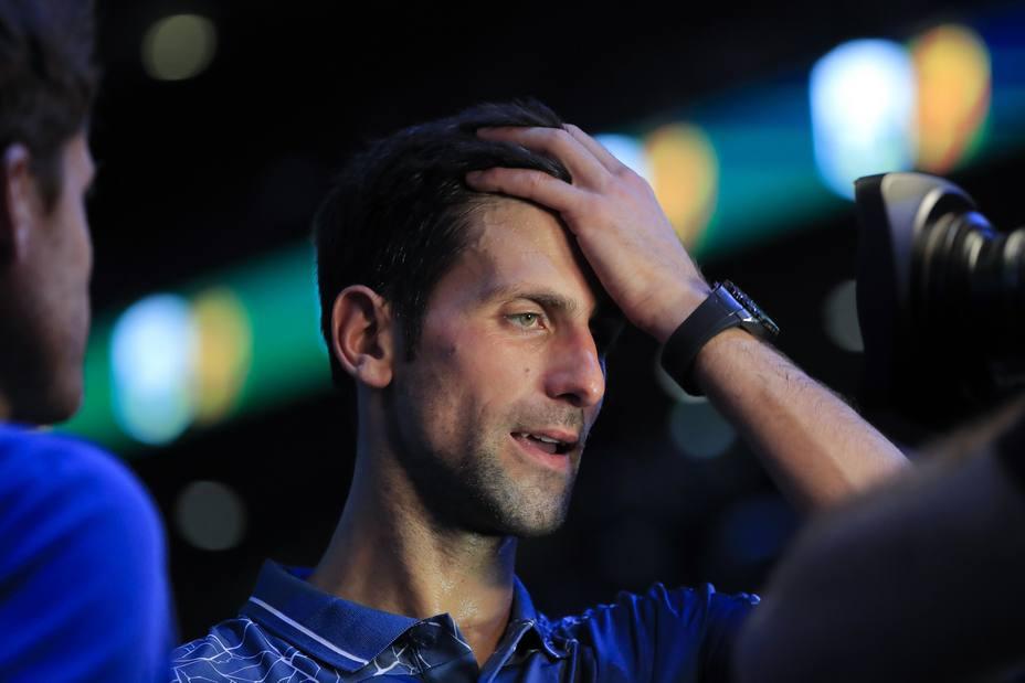 Djokovic celebra su vuelta al número uno con el billete a cuartos en el Masters de París