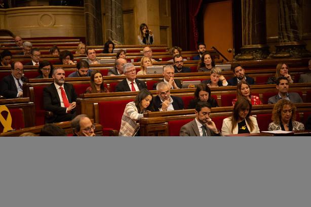 Torra pide unidad para enfrentarse al juicio y la CUP le exige desobediencia y huelga general