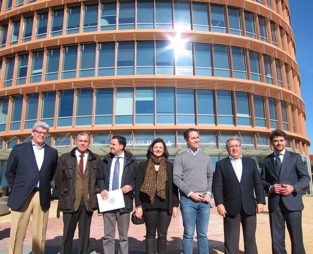 García Egea: Sospecho que la gira internacional de Sánchez está organizada por Díaz para que no pise Andalucía