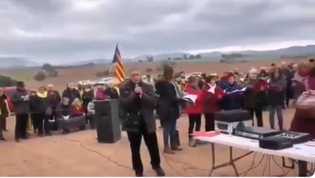 Independentistas a las puertas de Lledoners: ¡Asesinos de vidas, que nunca tengáis reposo!