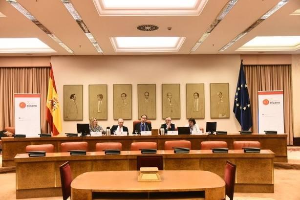 Un 33% de los españoles ve muy importantes las elecciones europeas pero solo un 18% sabe quién preside la Comisión
