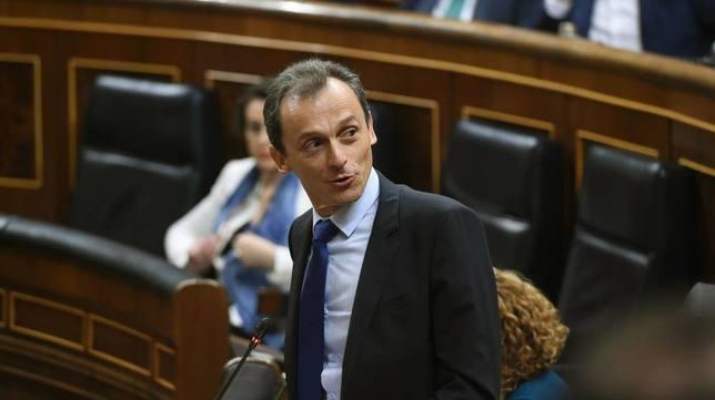 """El ministro Pedro Duque deja """"vendido"""" a Pedro Sánchez con esta declaración"""