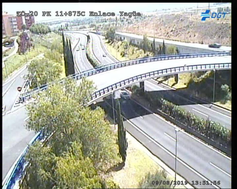 Restablecido el tráfico en la LO-20, en Logroño, tras solucionar la avería de un camión
