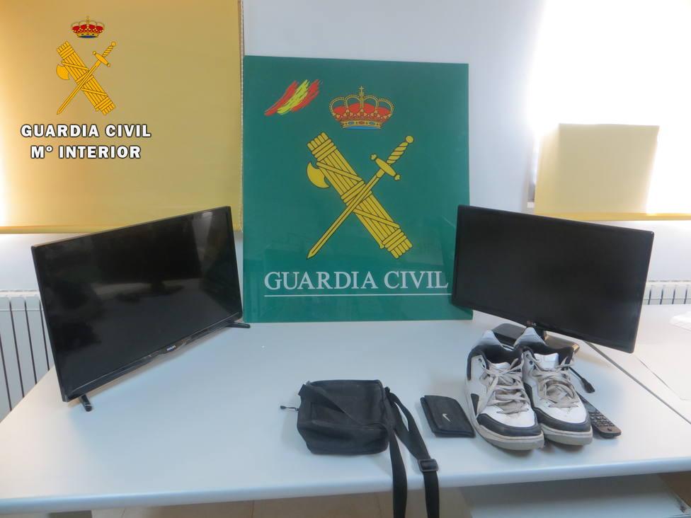 Guardia Civil en Maello