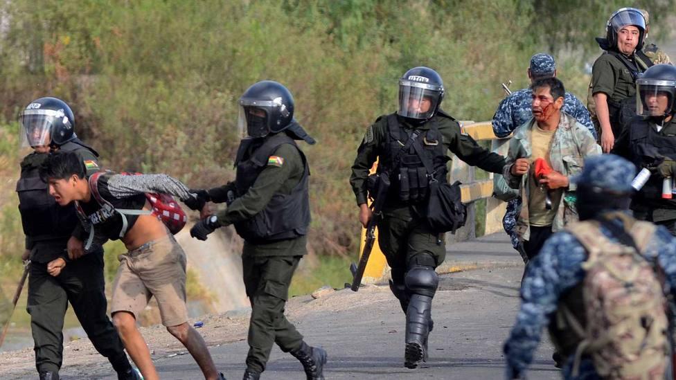 Bolivia exime de responsabilidad penal a las Fuerzas Armadas en su intento de sofocar las protestas