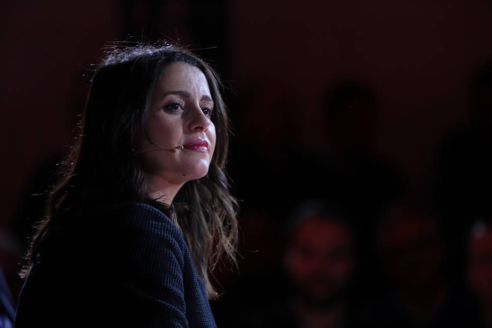 Arrimadas traslada sus condolencias y solidaridad a las víctimas de la explosión de Tarragona