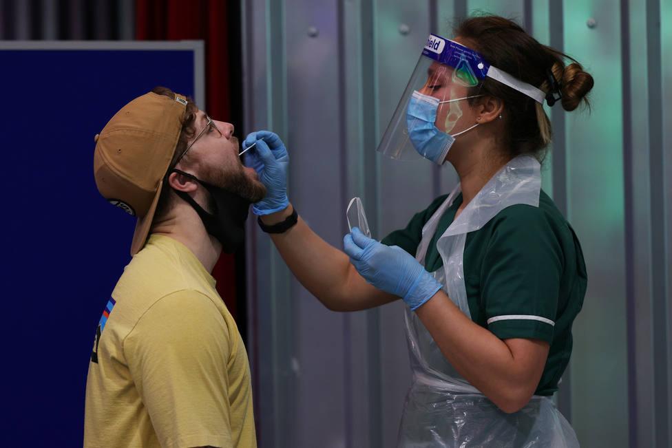 Italia registra su récord de casos desde el inicio de la pandemia, con 7.300 positivos