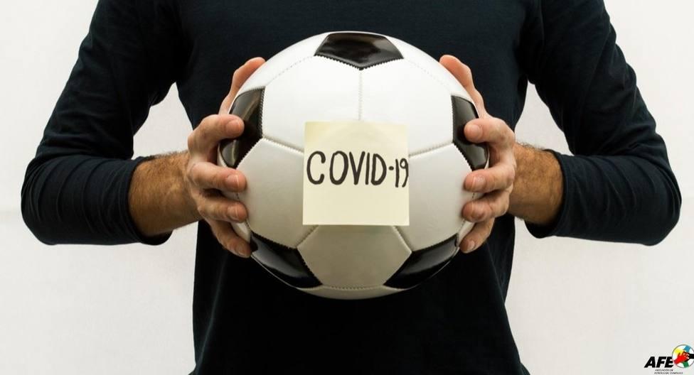 El partido entre el Cartagena FC y el Mazarrón CF aplazado por un caso COVID19 en los mazarroneros.