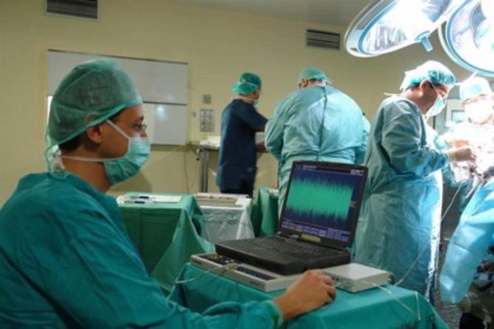 Foto operación quirúrgica de próstata (Europa Press)