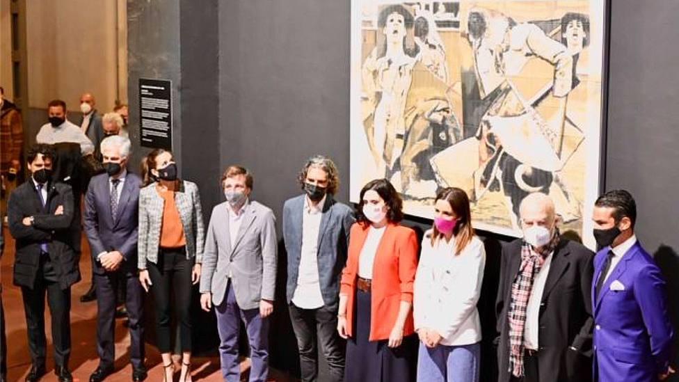 Acto de inaguguracíon del mural homenaje a Víctor Barrio en la plaza de Las Ventas