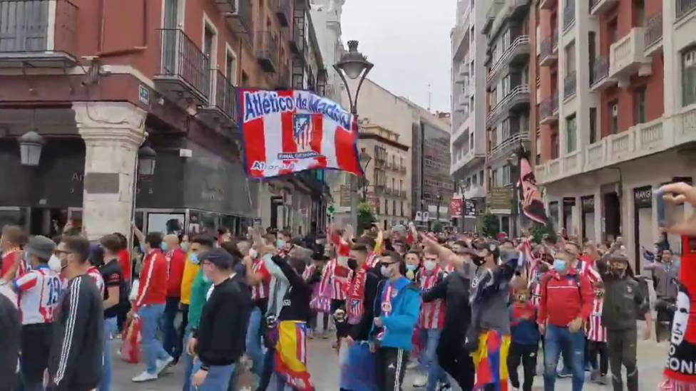 Aficionados del Atlético de Madrid desplazados este sábado a Valladolid (IMAGEN: Javi Gómez)