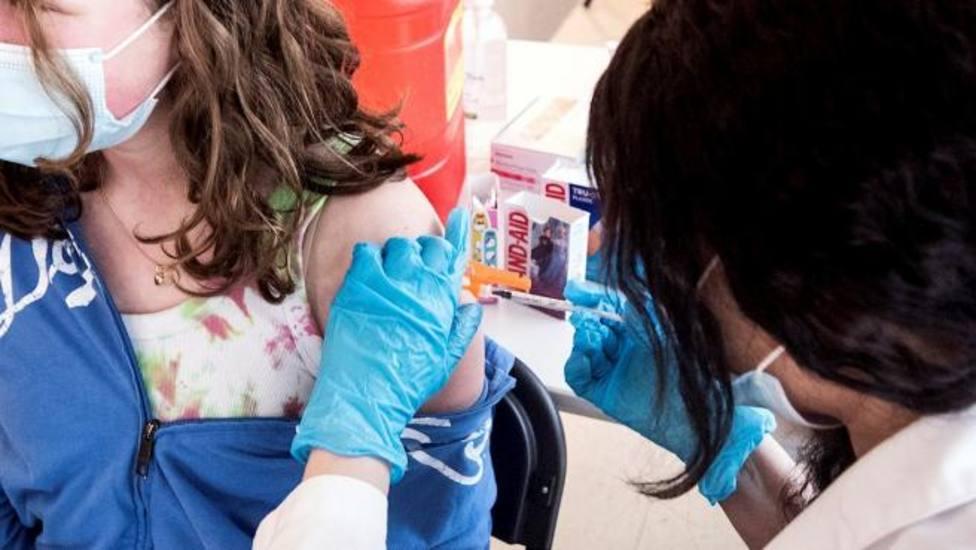 ctv-pnk-vacunacion-joven