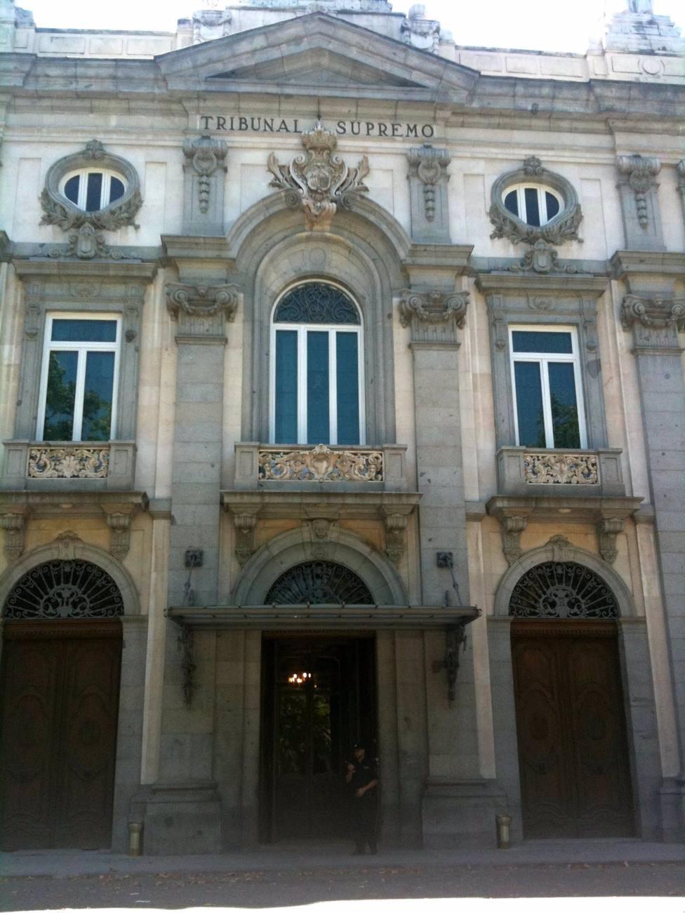 AMP.- El TS mantiene la anulación del decreto electoral de las 13 cámaras catalanas