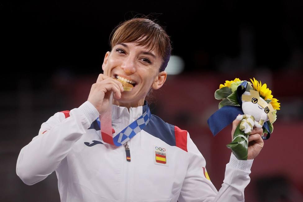 Sandra Sánchez, con su medalla de oro