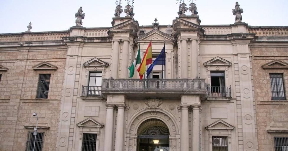 Vuelta a la presencialidad total en la Universidad de Sevilla y apagón a las clases on line