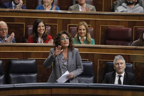 Hacienda cifra en hasta 1.200 millones la devolución del IRPF de las prestaciones por maternidad