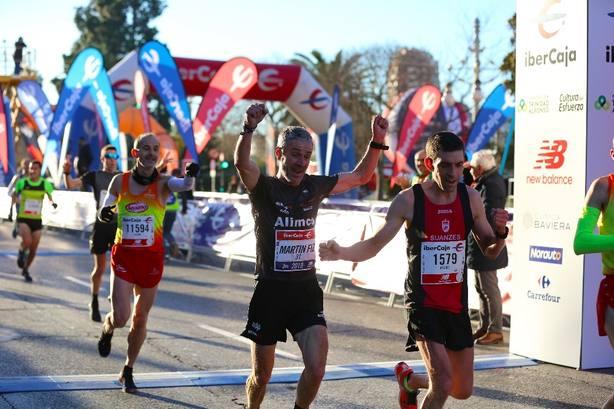 Martín Fiz logra el récord del mundo de 10K de mayores de 55 años