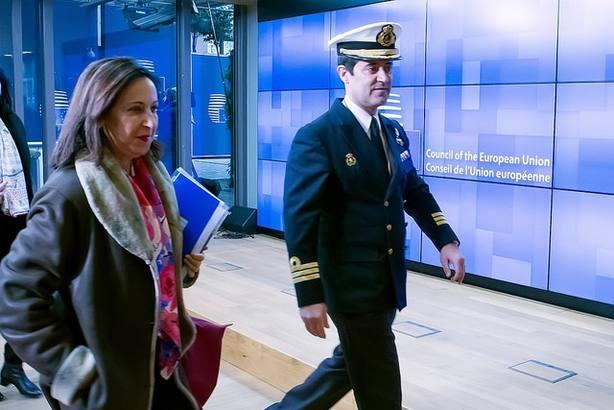 España se incorporará en igualdad de condiciones con Francia y Alemania al proyecto del futuro caza europeo