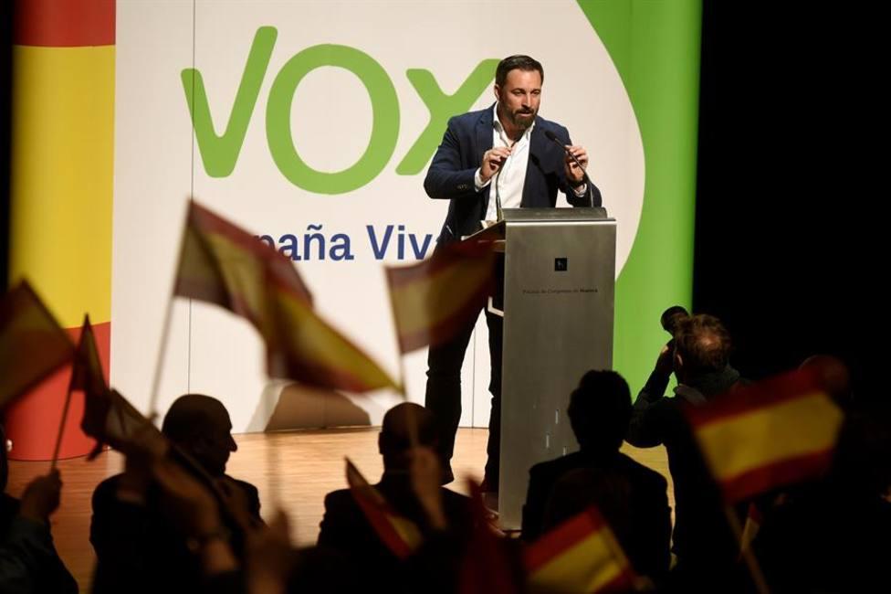 Abascal insiste en culpar al Estado de las Autonomías de la falta de libertades en España