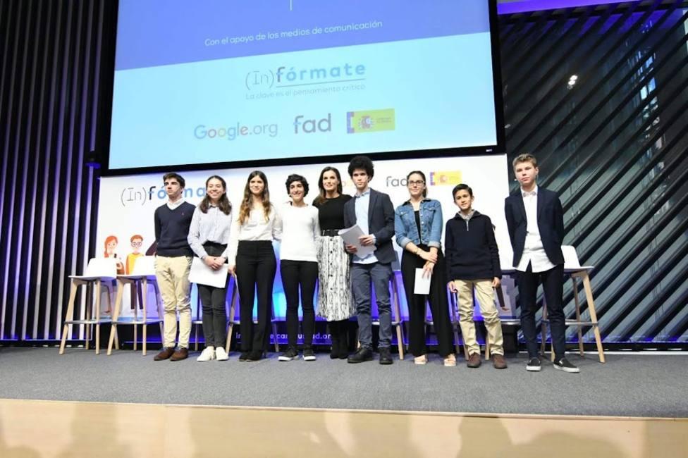 Doña Letizia preside un proyecto para fomentar el pensamiento crítico en adolescentes