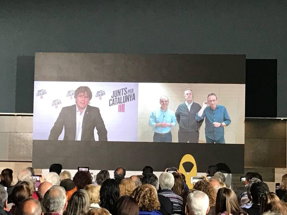 26M.- Puigdemont ve absolutamente anormal las condiciones de los presos de JxCat para ir al Congreso