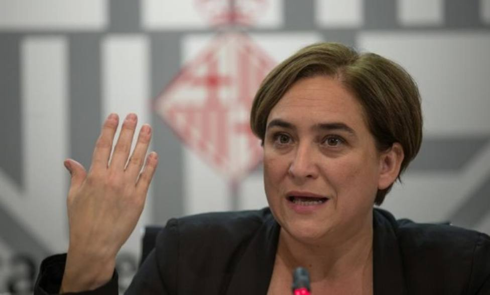 Ada Colau vuelve a señalarse: A favor de un referéndum en Cataluña, pero no ahora