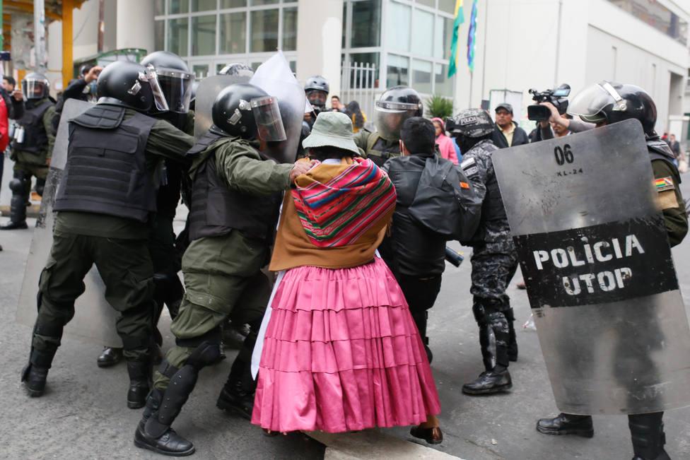 Bolivia.- Ya son nueve los cocaleros muertos en enfrentamientos con la Policía en Cochabamba, Bolivia