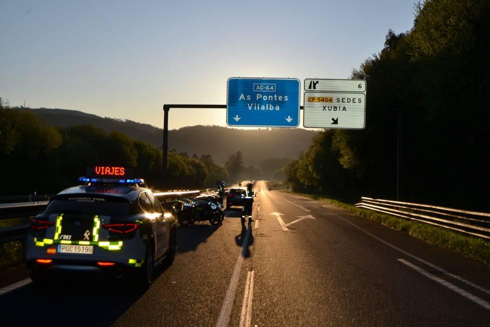 Foto de archivo de un control de la Guardia Civil de Tráfico en Narón - FOTO: Guardia Civil