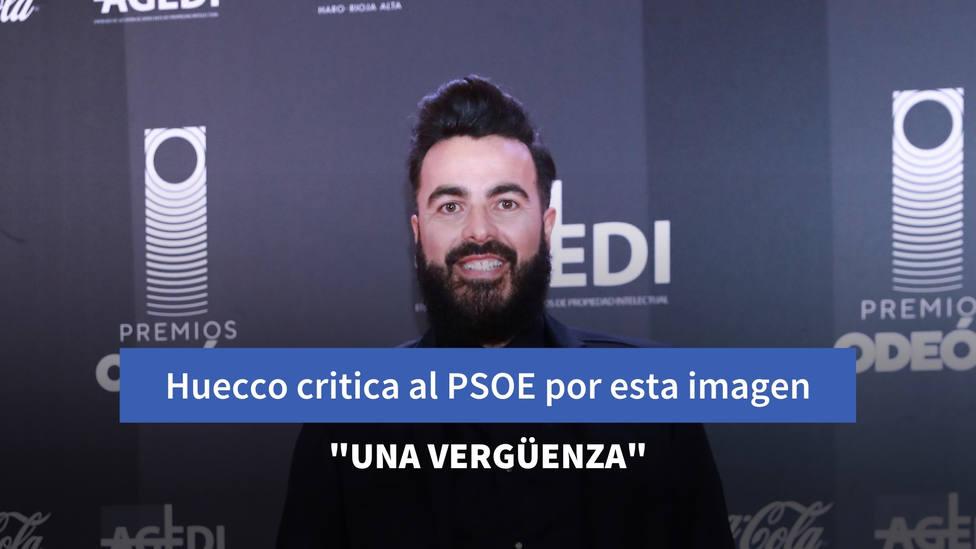 """El cantante Huecco critica al PSOE por esta imagen: """"Una vergüenza"""""""