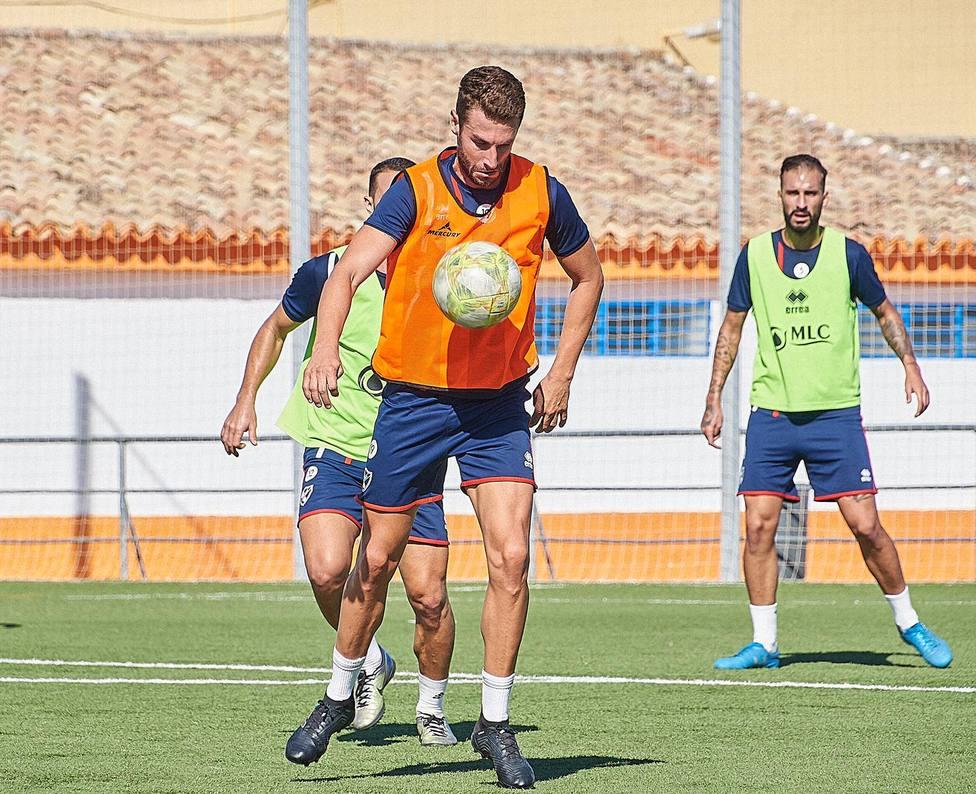 José Cruz, nuevo jugador de Linares