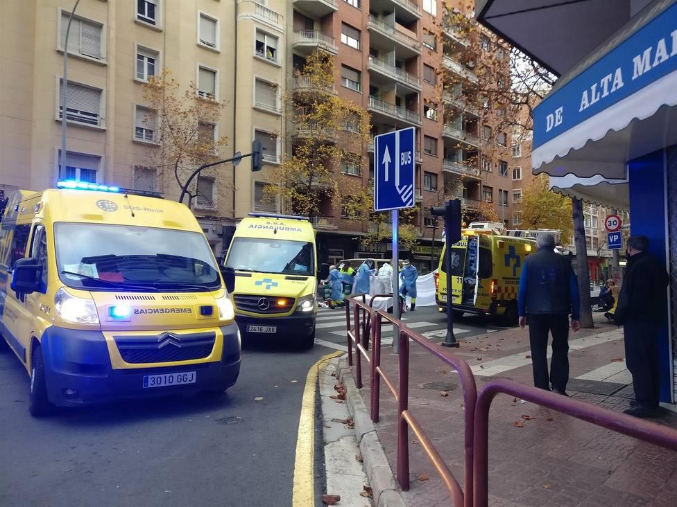 En estado grave una niña de 12 años tras ser atropellada por un camión pluma en Logroño